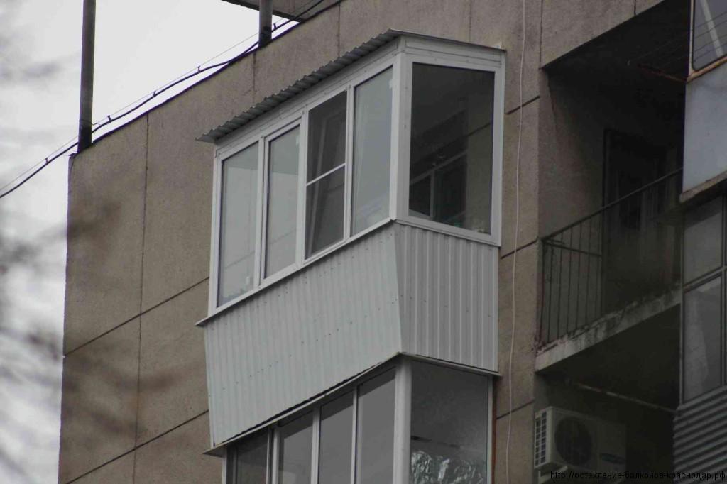 Остекление балкона вагонкой.