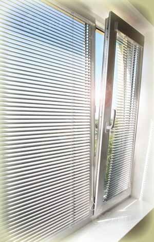 Защита от солнца с помощью тонировки стекол и жалюзи