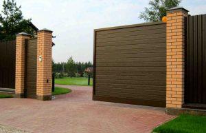 Откатные ворота в частный сектор: особенности выбора
